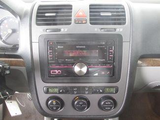 2005 Volkswagen Jetta 2.5L Gardena, California 6