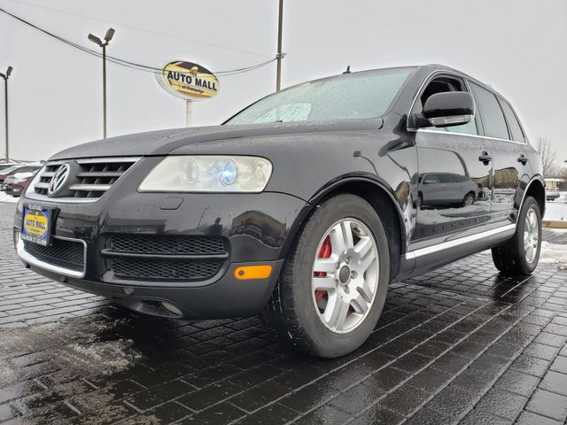 2005 Volkswagen Touareg  | Champaign, Illinois | The Auto Mall of Champaign in Champaign Illinois