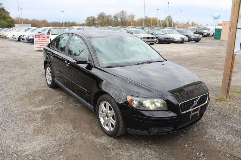2005 Volvo S40 T5  city MD  South County Public Auto Auction  in Harwood, MD