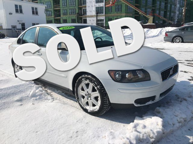 2005 Volvo S40 T5  | Malvern, PA | Wolfe Automotive Inc.-[ 2 ]