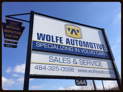 2005 Volvo S40 AWD T5  | Malvern, PA | Wolfe Automotive Inc. in Malvern, PA