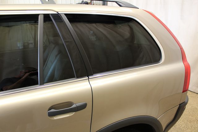 2005 Volvo XC90 AWD in Roscoe IL, 61073