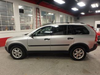 2005 Volvo Xc90 Awd, 3rd Row SHARP EXTERIOR, MECHANICALLY SOUND Saint Louis Park, MN 8