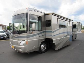 2005 Winnebago Vectra 40AD 3 Slides Bend, Oregon 1