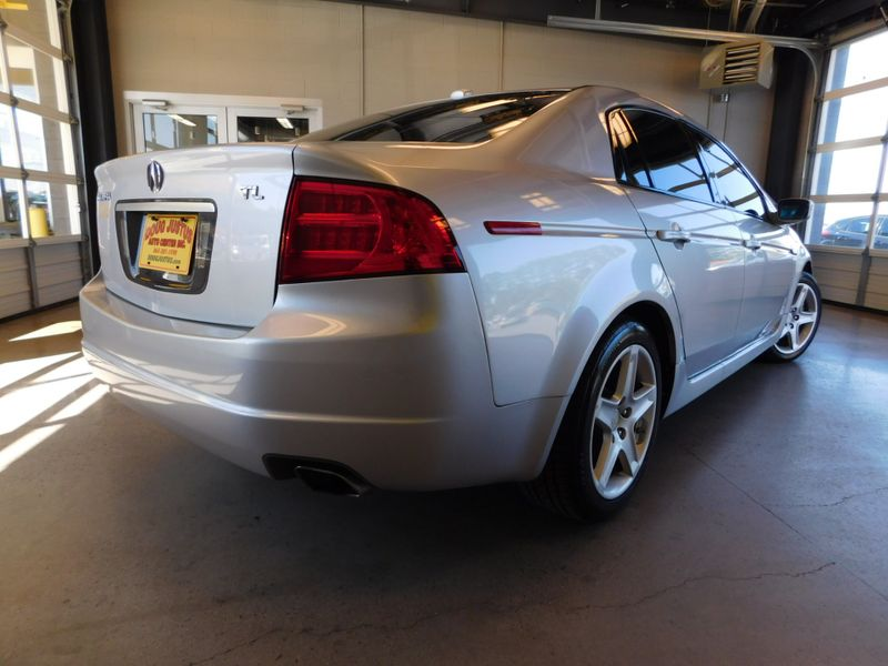 2006 Acura TL Navigation System  city TN  Doug Justus Auto Center Inc  in Airport Motor Mile ( Metro Knoxville ), TN