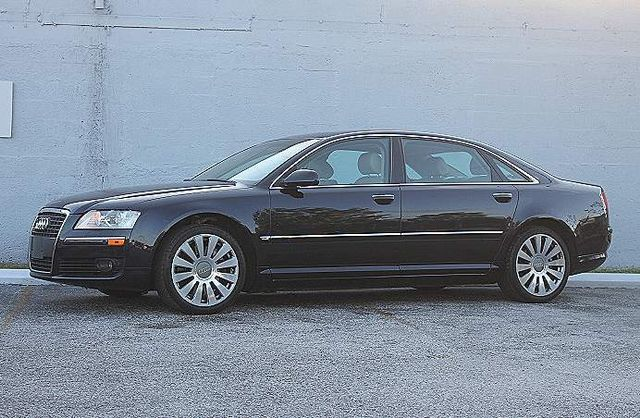 2006 Audi A8 L 4.2L Hollywood, Florida 10