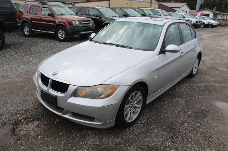 2006 BMW 325i I  city MD  South County Public Auto Auction  in Harwood, MD