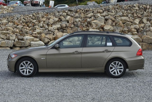 2006 BMW 325xi Naugatuck, Connecticut 1