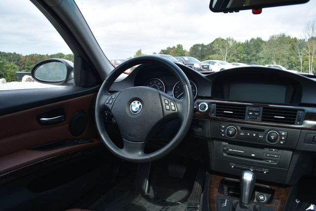 2006 BMW 325xi Naugatuck, Connecticut 16