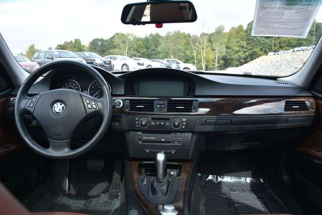2006 BMW 325xi Naugatuck, Connecticut 17