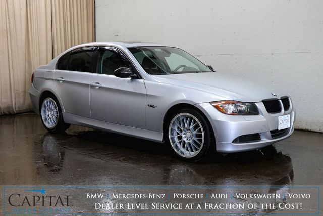 "2006 BMW 330xi xDrive AWD Luxury Car with Heated Seats, Moonroof and 18"" Wheels"