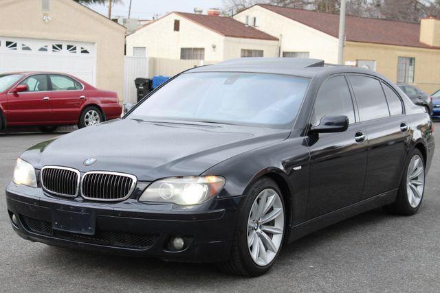 2006 BMW 750Li NAVIGATION XENON NEW TIRES SUNROOF SERVICE RECORDS in Woodland Hills, CA 91367
