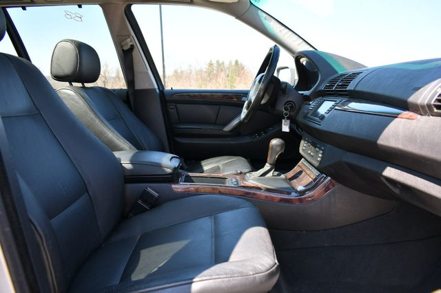 2006 BMW X5 4.4i Naugatuck, Connecticut 11