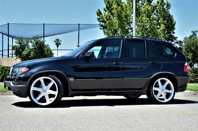 2006 BMW X5 4.8is in Reseda, CA, CA 91335