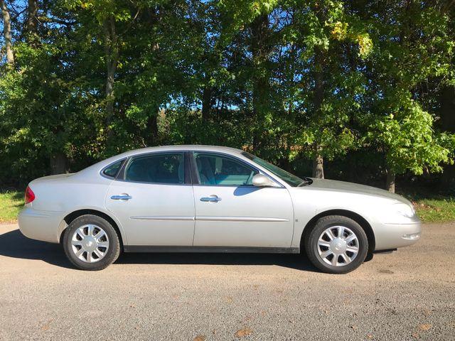2006 Buick LaCrosse CX Ravenna, Ohio 4