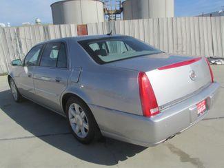 2006 Cadillac DTS w/1SC Gardena, California 1