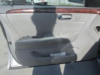 2006 Cadillac DTS w/1SC Gardena, California 8
