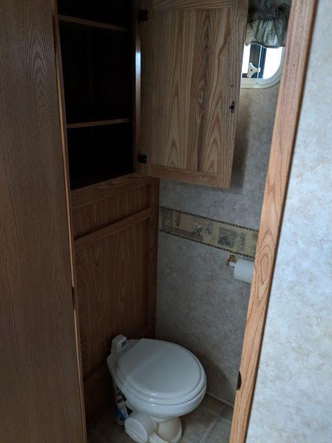 2006 Cedar Creek Silverback 33LBHTS Mandan, North Dakota 17