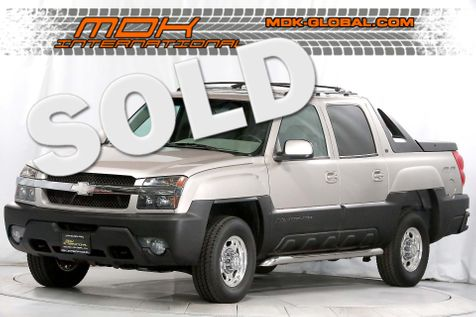 2006 Chevrolet Avalanche 2500 - LT - 8.1L V8 - 4WD - BOSE - Leather - XM in Los Angeles