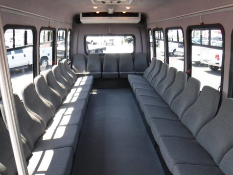 2006 Chevrolet C5500 24 Passenger Shuttle Bus in Ephrata, PA