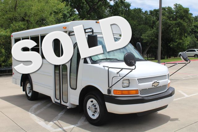 2006 Chevy Express G3500 10 Passenger Collins Shuttle Bus - Low Miles C6Y SRW Irving, Texas 0