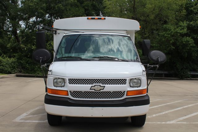 2006 Chevy Express G3500 10 Passenger Collins Shuttle Bus - Low Miles C6Y SRW Irving, Texas 2