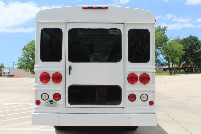2006 Chevy Express G3500 10 Passenger Collins Shuttle Bus - Low Miles C6Y SRW Irving, Texas 36