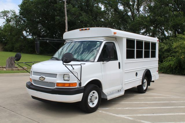 2006 Chevy Express G3500 10 Passenger Collins Shuttle Bus - Low Miles C6Y SRW Irving, Texas 4