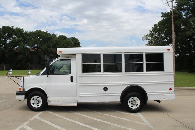 2006 Chevy Express G3500 10 Passenger Collins Shuttle Bus - Low Miles C6Y SRW Irving, Texas 5