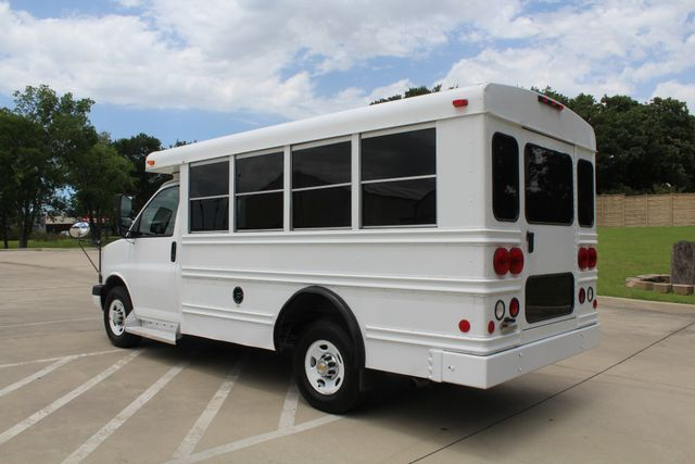 2006 Chevy Express G3500 10 Passenger Collins Shuttle Bus - Low Miles C6Y SRW Irving, Texas 6