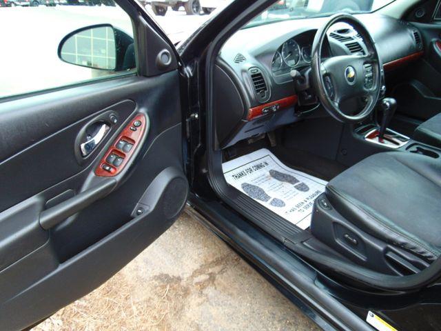 2006 Chevrolet Malibu Maxx LTZ Alexandria, Minnesota 11