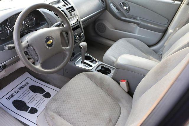 2006 Chevrolet Malibu LT w/1LT Santa Clarita, CA 8