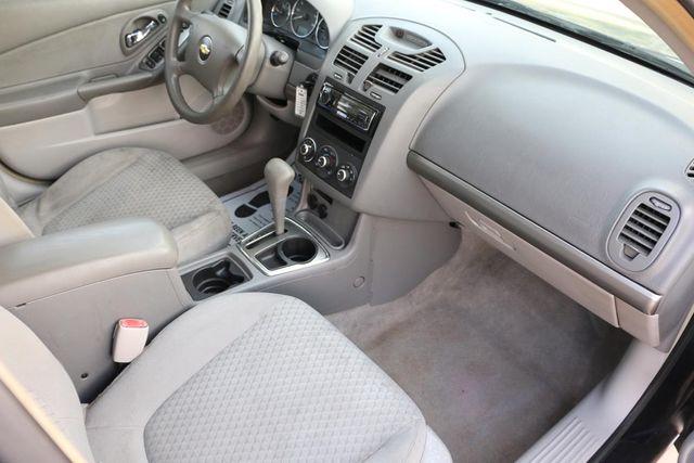 2006 Chevrolet Malibu LT w/1LT Santa Clarita, CA 9