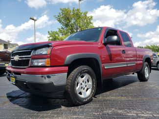 2006 Chevrolet Silverado 1500 LT1 | Champaign, Illinois | The Auto Mall of Champaign in Champaign Illinois