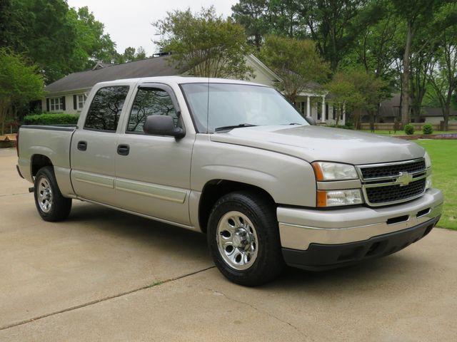 2006 Chevrolet Silverado 1500 LS Crew Cab