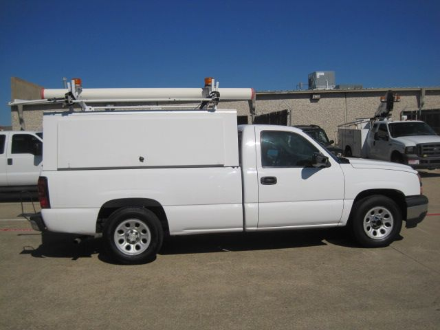 2006 Chevrolet Silverado Reg Cab, Utility Topper. L/Rack, 1 Owner Work Truck in Plano, Texas 75074