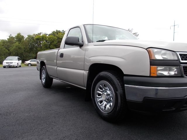 2006 Chevrolet Silverado 1500 Work Truck Shelbyville, TN 9