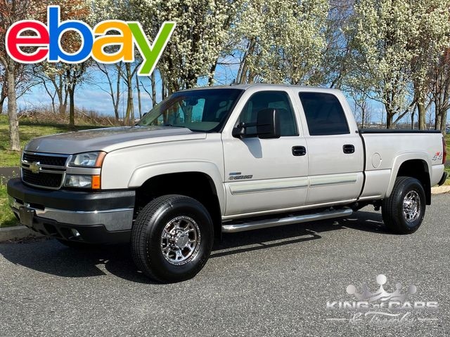 2006 Chevrolet Silverado 2500 4X4 CREW 6.6L LBZ DURAMAX RARE ONLY 97K MILE in Woodbury, New Jersey 08093