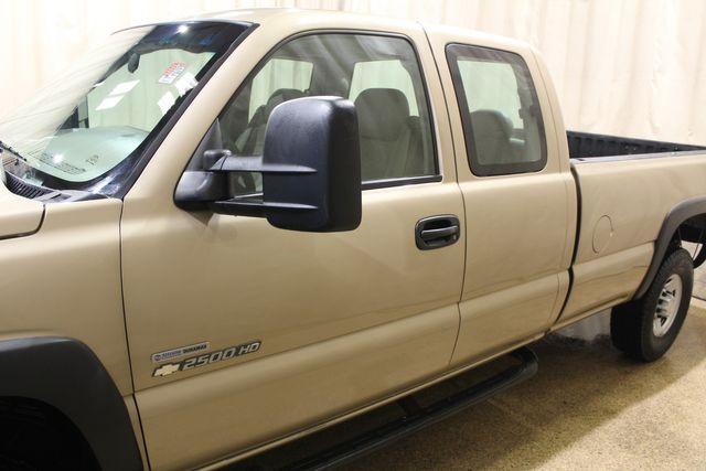 2006 Chevrolet Silverado 2500HD Diesel 4x4 Long Bed Work Truck in Roscoe, IL 61073
