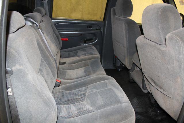 2006 Chevrolet Silverado 2500HD Diesel Long Bed MANUAL LT1 in Roscoe, IL 61073