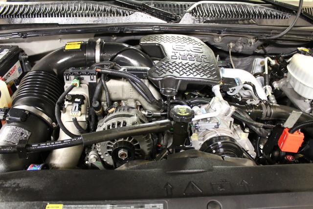 2006 Chevrolet Silverado 2500HD diesel LT1 in Roscoe IL, 61073