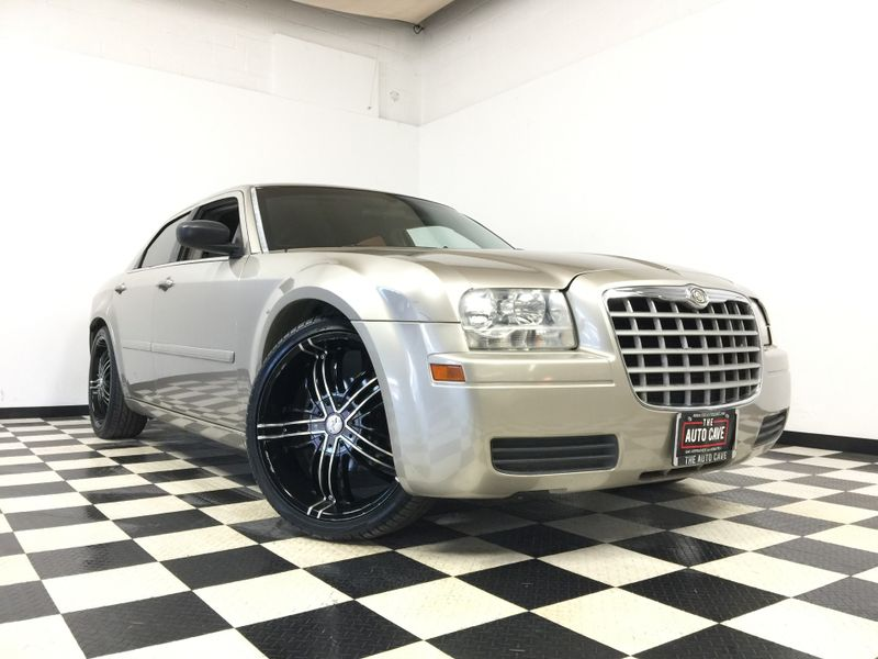 2006 Chrysler 300 *Low Down Payment* | The Auto Cave in Addison