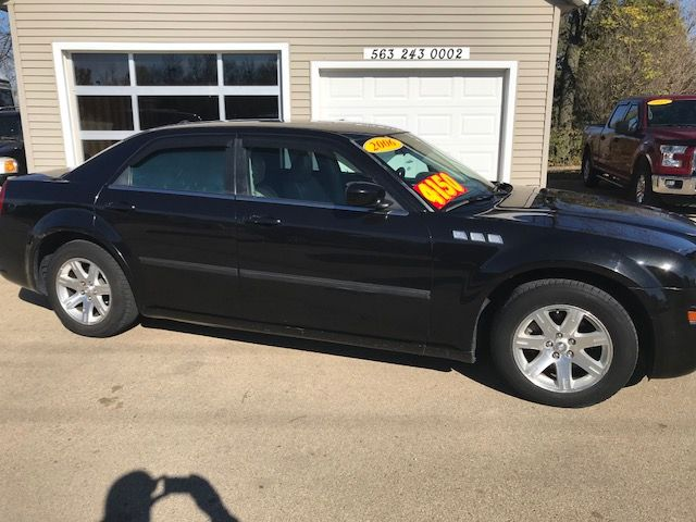 2006 Chrysler 300 Touring in Clinton IA, 52732