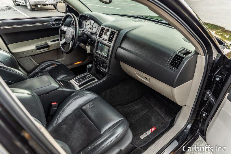 2006 Chrysler 300 C SRT8   Concord, CA   Carbuffs in Concord, CA