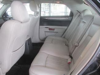 2006 Chrysler 300 C Gardena, California 10