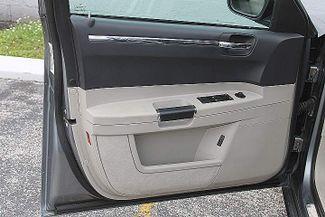 2006 Chrysler 300 C SRT8 Hollywood, Florida 43