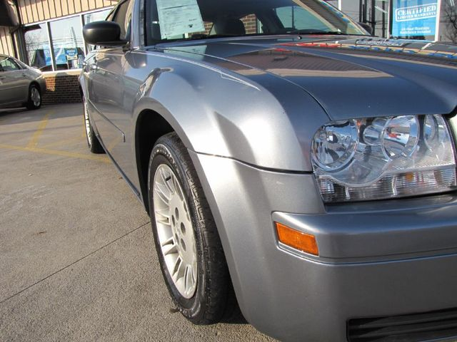 2006 Chrysler 300 in Medina, OHIO 44256