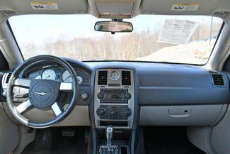 2006 Chrysler 300 Touring Naugatuck, Connecticut 3