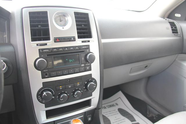 2006 Chrysler 300 C Santa Clarita, CA 17