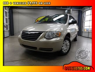 2006 Chrysler Town &38; Country LX in Airport Motor Mile ( Metro Knoxville ), TN 37777